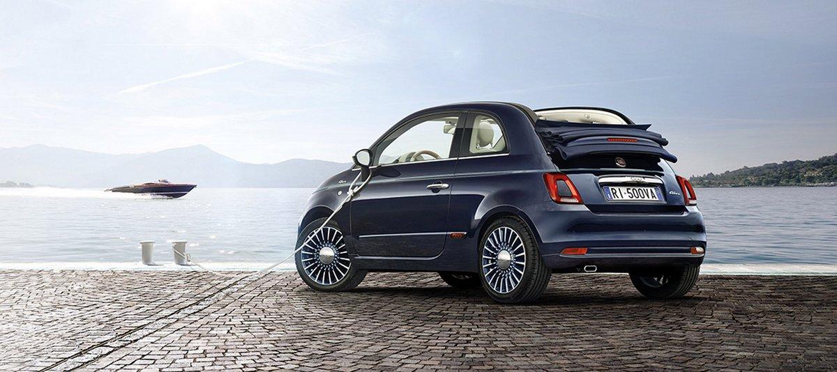 Постер Fiat 500 Riva (2017), 45x20 см, на бумаге500 Riva<br>Постер на холсте или бумаге. Любого нужного вам размера. В раме или без. Подвес в комплекте. Трехслойная надежная упаковка. Доставим в любую точку России. Вам осталось только повесить картину на стену!<br>