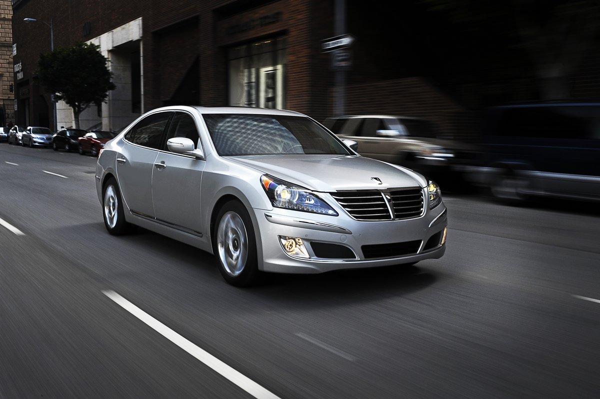 Постер Hyundai Equus (2015), 30x20 см, на бумагеEquus<br>Постер на холсте или бумаге. Любого нужного вам размера. В раме или без. Подвес в комплекте. Трехслойная надежная упаковка. Доставим в любую точку России. Вам осталось только повесить картину на стену!<br>