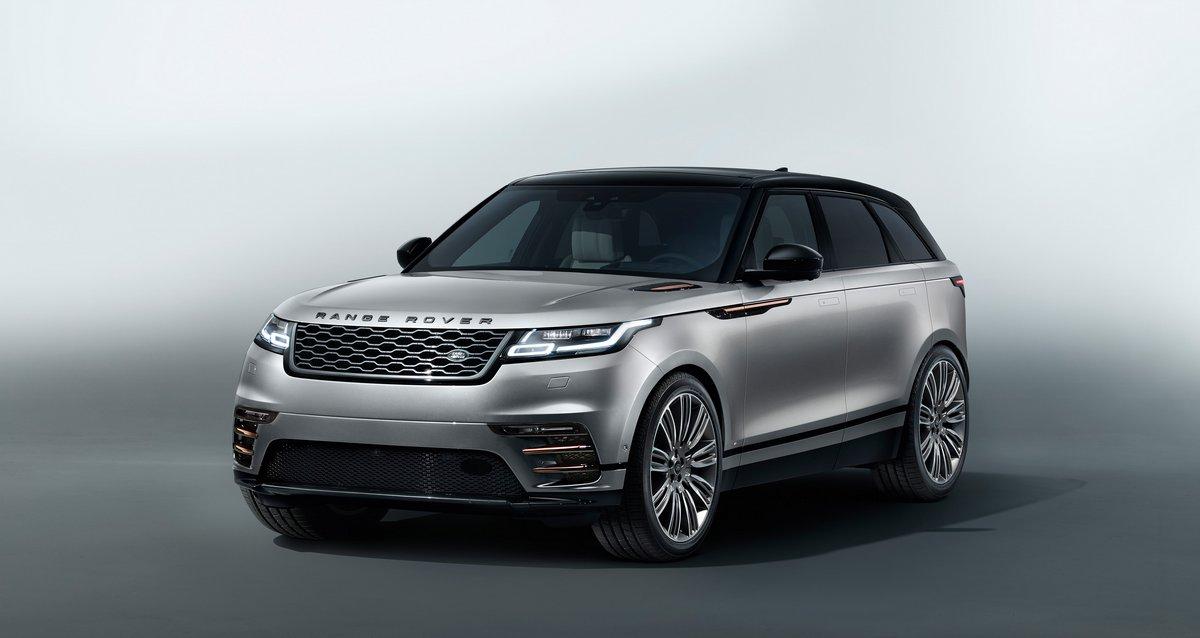 Постер Land Rover Range Rover Velar (2017), 38x20 см, на бумагеRange Rover Velar<br>Постер на холсте или бумаге. Любого нужного вам размера. В раме или без. Подвес в комплекте. Трехслойная надежная упаковка. Доставим в любую точку России. Вам осталось только повесить картину на стену!<br>