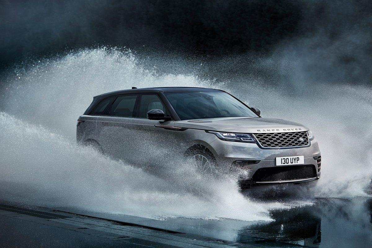 Постер Land Rover Range Rover Velar (2017), 30x20 см, на бумагеRange Rover Velar<br>Постер на холсте или бумаге. Любого нужного вам размера. В раме или без. Подвес в комплекте. Трехслойная надежная упаковка. Доставим в любую точку России. Вам осталось только повесить картину на стену!<br>