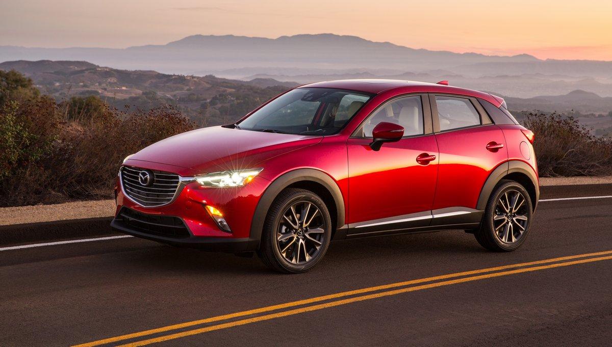 Постер Mazda CX-3 (2015), 35x20 см, на бумагеCX-3<br>Постер на холсте или бумаге. Любого нужного вам размера. В раме или без. Подвес в комплекте. Трехслойная надежная упаковка. Доставим в любую точку России. Вам осталось только повесить картину на стену!<br>