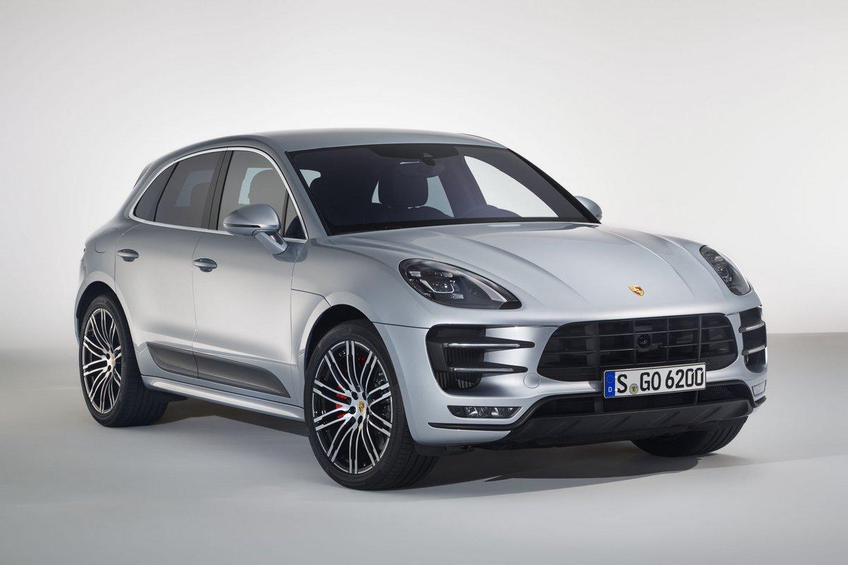 Porsche Macan (2015), 30x20 см, на бумагеMacan<br>Постер на холсте или бумаге. Любого нужного вам размера. В раме или без. Подвес в комплекте. Трехслойная надежная упаковка. Доставим в любую точку России. Вам осталось только повесить картину на стену!<br>