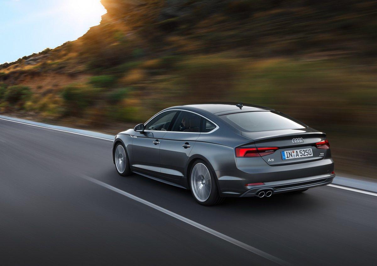 Audi A5 Sportback (2016), 28x20 см, на бумагеA5 Sportback<br>Постер на холсте или бумаге. Любого нужного вам размера. В раме или без. Подвес в комплекте. Трехслойная надежная упаковка. Доставим в любую точку России. Вам осталось только повесить картину на стену!<br>