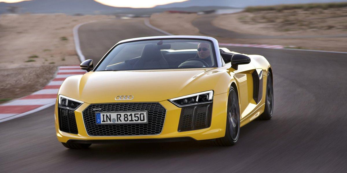 Постер Audi R8 Spyder (2017), 40x20 см, на бумагеR8 Spyder<br>Постер на холсте или бумаге. Любого нужного вам размера. В раме или без. Подвес в комплекте. Трехслойная надежная упаковка. Доставим в любую точку России. Вам осталось только повесить картину на стену!<br>