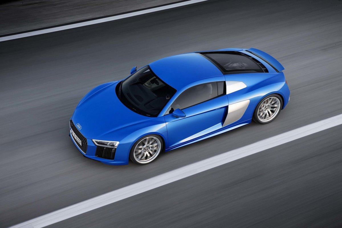 Audi R8 Spyder (2017), 30x20 см, на бумагеR8 Spyder<br>Постер на холсте или бумаге. Любого нужного вам размера. В раме или без. Подвес в комплекте. Трехслойная надежная упаковка. Доставим в любую точку России. Вам осталось только повесить картину на стену!<br>