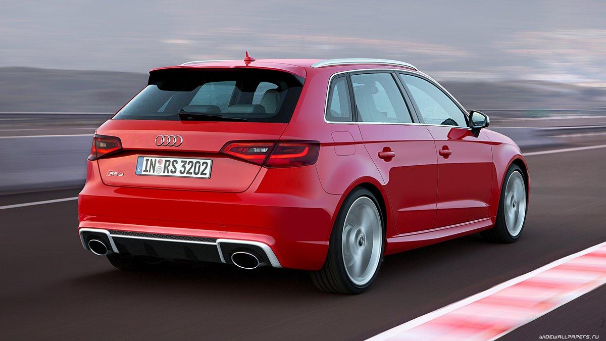 Постер Audi RS3 Sportback (2017), 36x20 см, на бумагеRS3 Sportback<br>Постер на холсте или бумаге. Любого нужного вам размера. В раме или без. Подвес в комплекте. Трехслойная надежная упаковка. Доставим в любую точку России. Вам осталось только повесить картину на стену!<br>