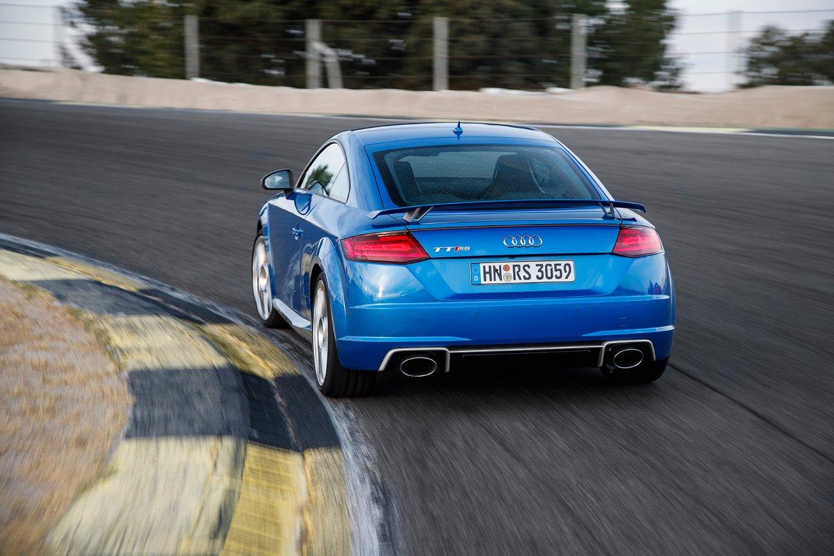 Постер Audi TT RS Coupe (2017), 30x20 см, на бумагеTT RS Coupe<br>Постер на холсте или бумаге. Любого нужного вам размера. В раме или без. Подвес в комплекте. Трехслойная надежная упаковка. Доставим в любую точку России. Вам осталось только повесить картину на стену!<br>