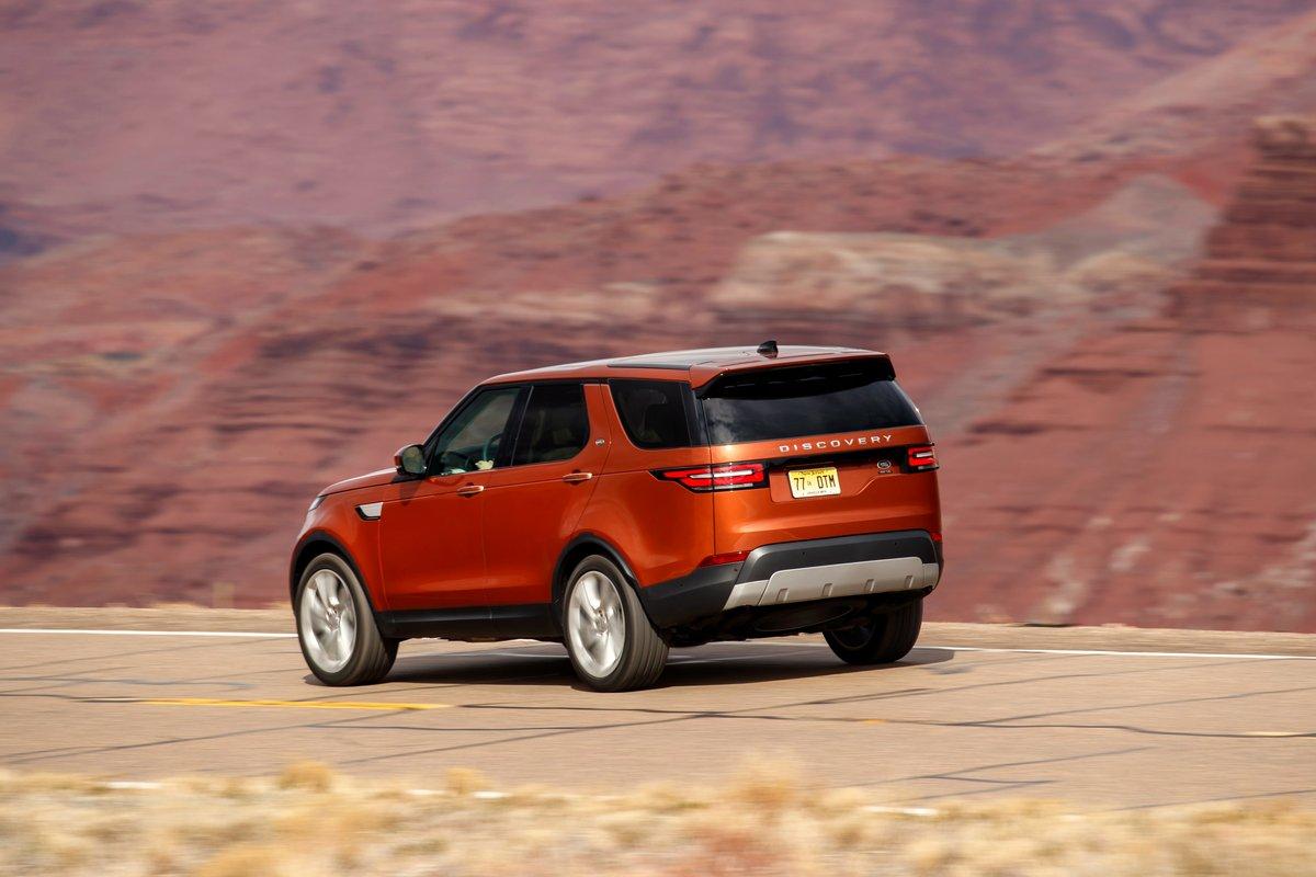 Постер Land Rover Discovery (2017), 30x20 см, на бумагеDiscovery<br>Постер на холсте или бумаге. Любого нужного вам размера. В раме или без. Подвес в комплекте. Трехслойная надежная упаковка. Доставим в любую точку России. Вам осталось только повесить картину на стену!<br>