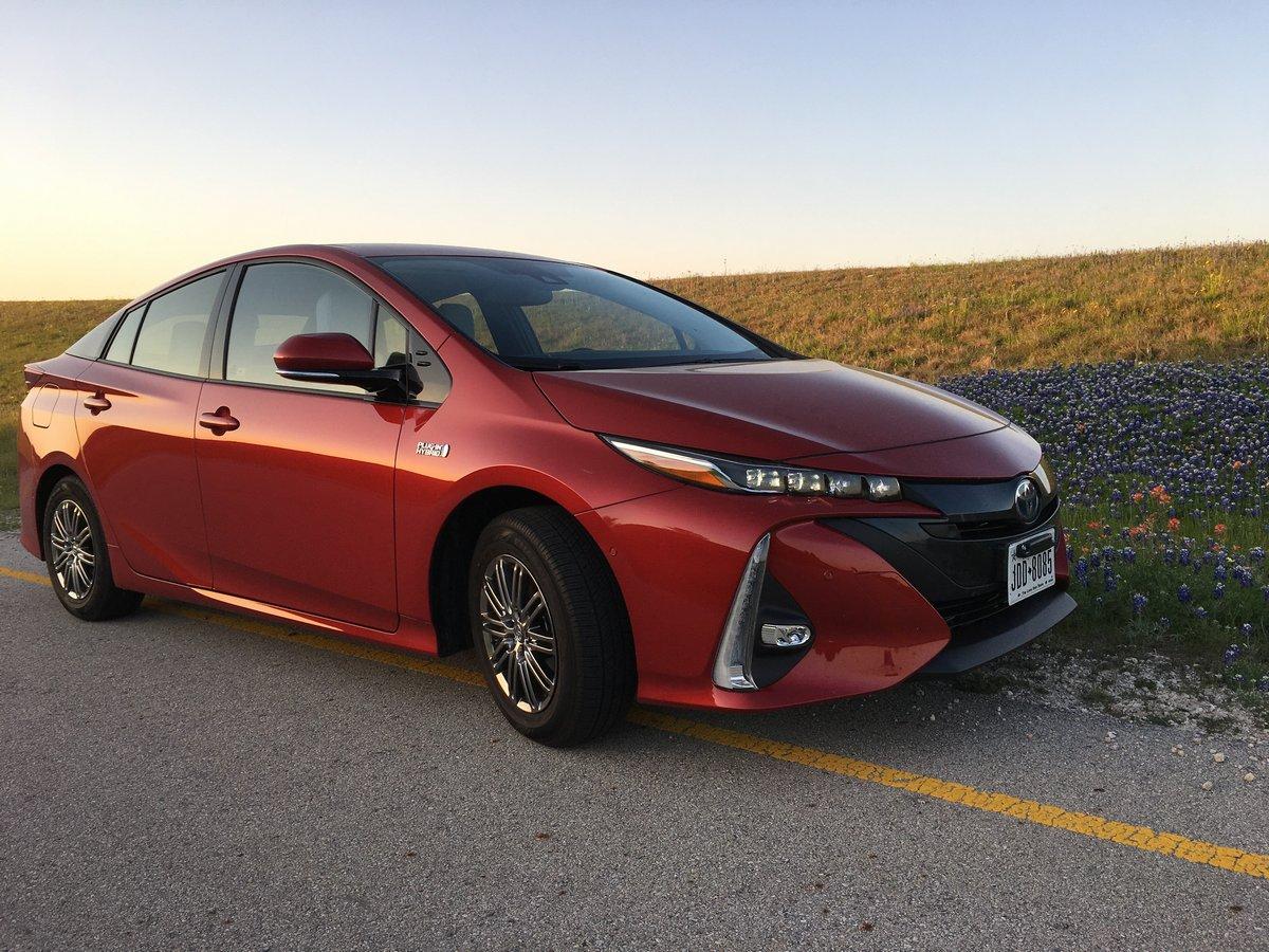 Toyota Prius (2017), 27x20 см, на бумагеPrius<br>Постер на холсте или бумаге. Любого нужного вам размера. В раме или без. Подвес в комплекте. Трехслойная надежная упаковка. Доставим в любую точку России. Вам осталось только повесить картину на стену!<br>