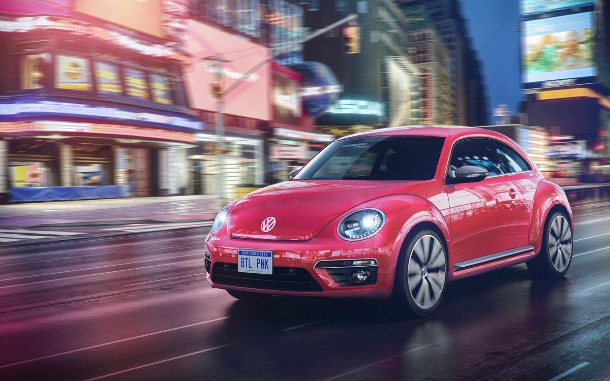 Постер Volkswagen Beetle (2017), 32x20 см, на бумагеBeetle<br>Постер на холсте или бумаге. Любого нужного вам размера. В раме или без. Подвес в комплекте. Трехслойная надежная упаковка. Доставим в любую точку России. Вам осталось только повесить картину на стену!<br>
