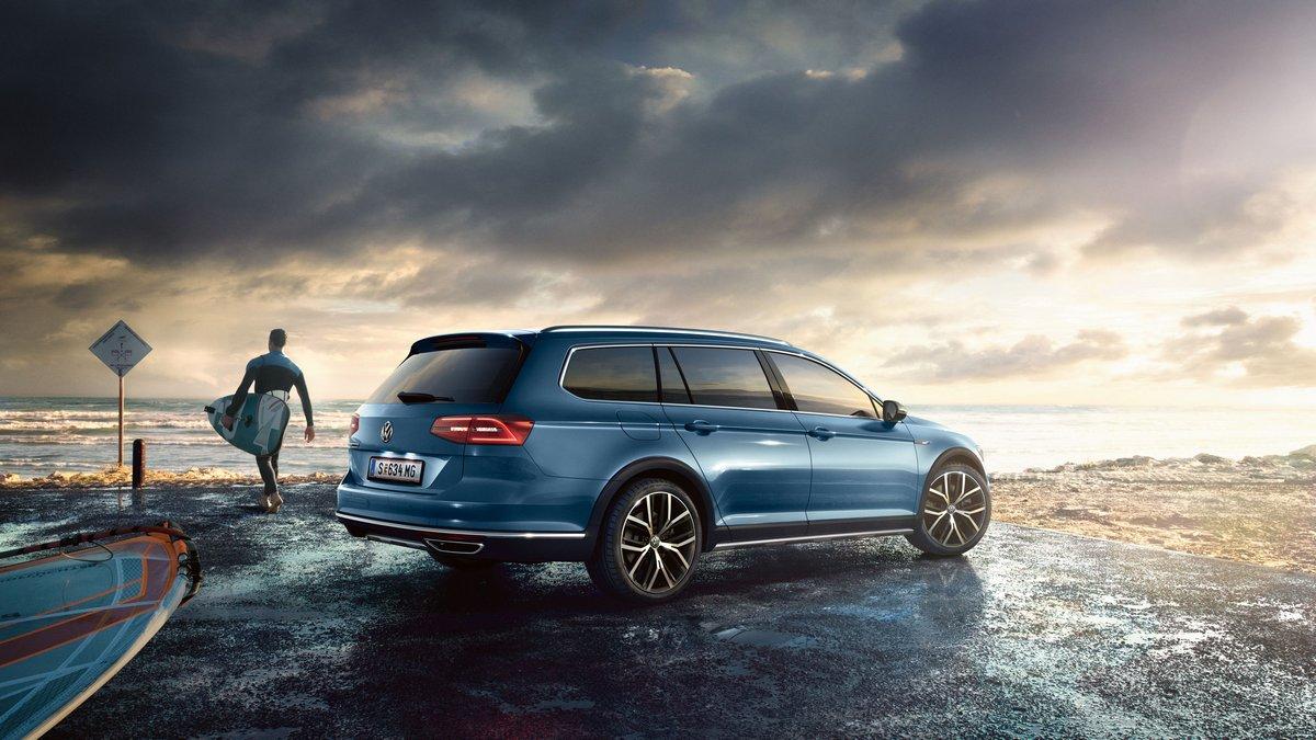 Volkswagen Passat Alltrack (2017), 36x20 см, на бумагеPassat Alltrack<br>Постер на холсте или бумаге. Любого нужного вам размера. В раме или без. Подвес в комплекте. Трехслойная надежная упаковка. Доставим в любую точку России. Вам осталось только повесить картину на стену!<br>