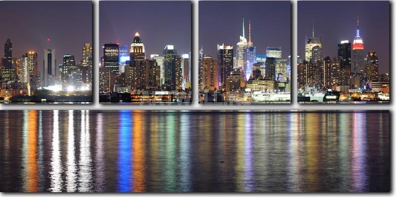 Модульная картина «Огни Нью-Йорка»Города<br>Модульная картина на натуральном холсте и деревянном подрамнике. Подвес в комплекте. Трехслойная надежная упаковка. Доставим в любую точку России. Вам осталось только повесить картину на стену!<br>