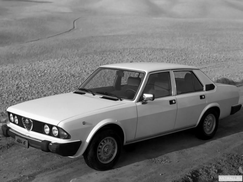 Постер Alfa Romeo Alfa 6 1979-83, 27x20 см, на бумагеAlfa Romeo<br>Постер на холсте или бумаге. Любого нужного вам размера. В раме или без. Подвес в комплекте. Трехслойная надежная упаковка. Доставим в любую точку России. Вам осталось только повесить картину на стену!<br>