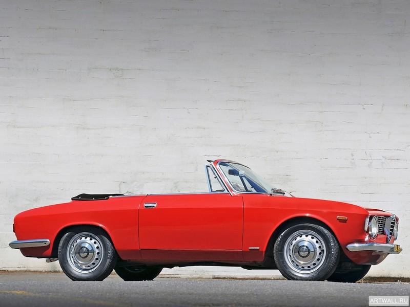 Постер Alfa Romeo Giulia Sprint GTС (105) 1964-66, 27x20 см, на бумагеAlfa Romeo<br>Постер на холсте или бумаге. Любого нужного вам размера. В раме или без. Подвес в комплекте. Трехслойная надежная упаковка. Доставим в любую точку России. Вам осталось только повесить картину на стену!<br>