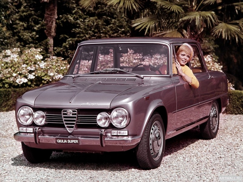 Alfa Romeo Giulia Super (105) 1967-74, 27x20 см, на бумагеAlfa Romeo<br>Постер на холсте или бумаге. Любого нужного вам размера. В раме или без. Подвес в комплекте. Трехслойная надежная упаковка. Доставим в любую точку России. Вам осталось только повесить картину на стену!<br>