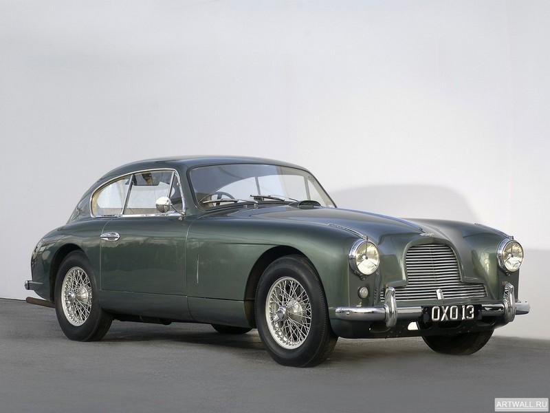 Постер Aston Martin DB2 4 Bertone Spider 1953 дизайн Bertone, 27x20 см, на бумагеAston Martin<br>Постер на холсте или бумаге. Любого нужного вам размера. В раме или без. Подвес в комплекте. Трехслойная надежная упаковка. Доставим в любую точку России. Вам осталось только повесить картину на стену!<br>