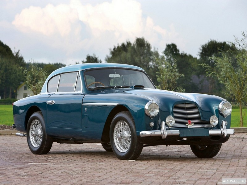 Постер Aston Martin DB2 Vantage by Graber 1952-53, 27x20 см, на бумагеAston Martin<br>Постер на холсте или бумаге. Любого нужного вам размера. В раме или без. Подвес в комплекте. Трехслойная надежная упаковка. Доставим в любую точку России. Вам осталось только повесить картину на стену!<br>