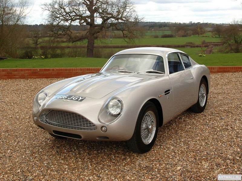 Постер Aston Martin DB4 Vantage 1961-63, 27x20 см, на бумагеAston Martin<br>Постер на холсте или бумаге. Любого нужного вам размера. В раме или без. Подвес в комплекте. Трехслойная надежная упаковка. Доставим в любую точку России. Вам осталось только повесить картину на стену!<br>