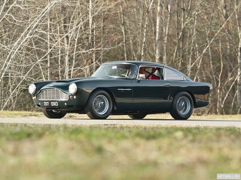 Постер Aston Martin DB4 Vantage (V) 1962-63, 27x20 см, на бумагеAston Martin<br>Постер на холсте или бумаге. Любого нужного вам размера. В раме или без. Подвес в комплекте. Трехслойная надежная упаковка. Доставим в любую точку России. Вам осталось только повесить картину на стену!<br>