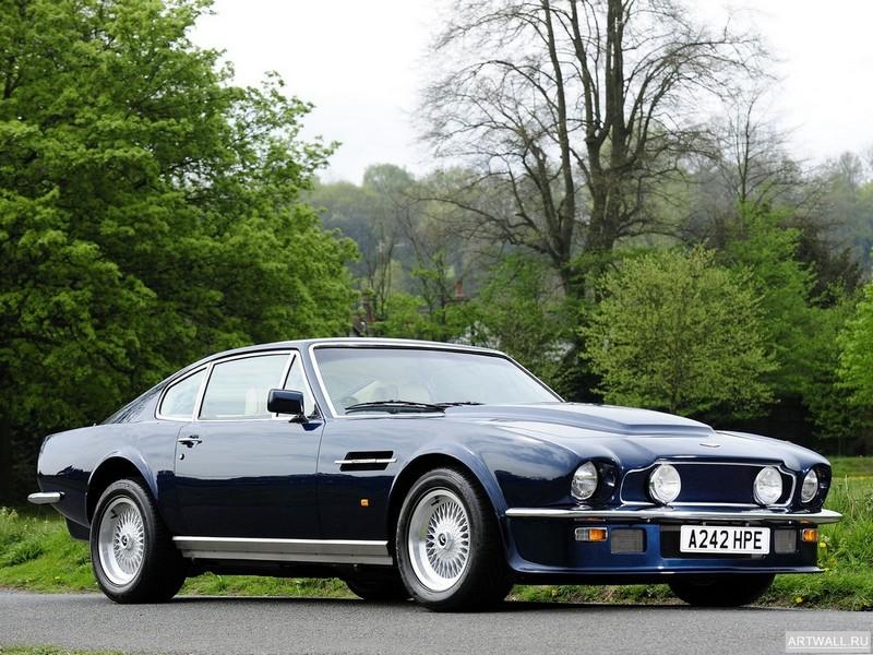 Постер Aston Martin V8 Volante 1977-89, 27x20 см, на бумагеAston Martin<br>Постер на холсте или бумаге. Любого нужного вам размера. В раме или без. Подвес в комплекте. Трехслойная надежная упаковка. Доставим в любую точку России. Вам осталось только повесить картину на стену!<br>