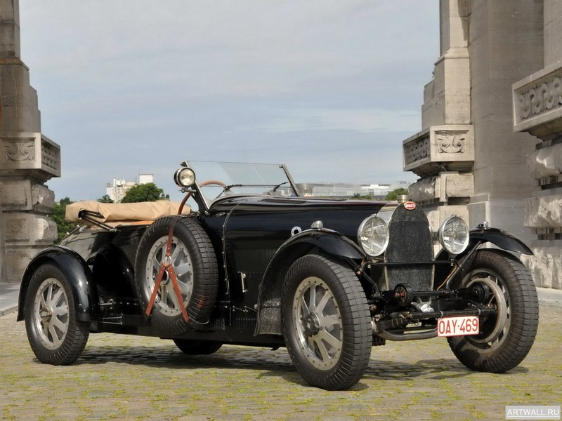 Bugatti Type 41 Coupe de Ville 1929, 27x20 см, на бумагеBugatti<br>Постер на холсте или бумаге. Любого нужного вам размера. В раме или без. Подвес в комплекте. Трехслойная надежная упаковка. Доставим в любую точку России. Вам осталось только повесить картину на стену!<br>