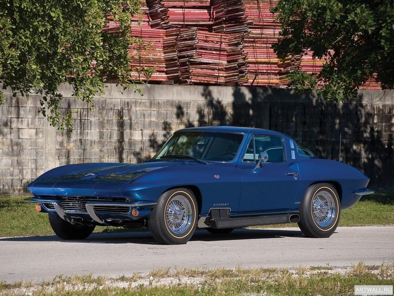 Постер Corvette Coupe by GM Styling (C2) 1964, 27x20 см, на бумагеCorvette<br>Постер на холсте или бумаге. Любого нужного вам размера. В раме или без. Подвес в комплекте. Трехслойная надежная упаковка. Доставим в любую точку России. Вам осталось только повесить картину на стену!<br>