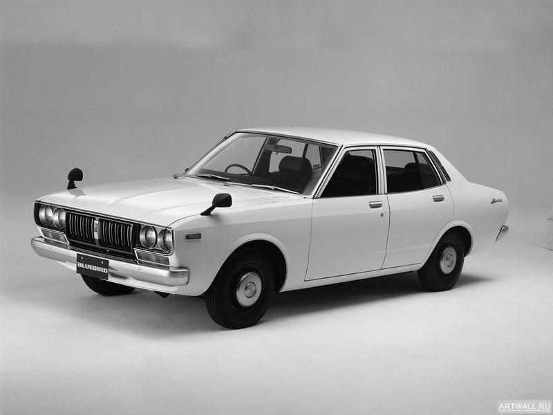 Постер Datsun Bluebird Sedan (810) 1976-78, 27x20 см, на бумагеDatsun<br>Постер на холсте или бумаге. Любого нужного вам размера. В раме или без. Подвес в комплекте. Трехслойная надежная упаковка. Доставим в любую точку России. Вам осталось только повесить картину на стену!<br>