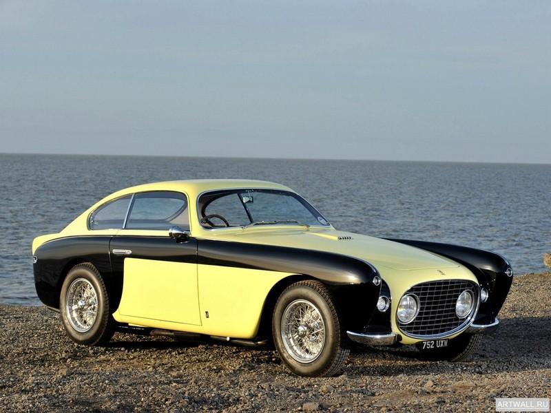 Постер Ferrari 212 Inter Vignale Coupe Bumblebee 1952 дизайн Vignale, 27x20 см, на бумагеFerrari<br>Постер на холсте или бумаге. Любого нужного вам размера. В раме или без. Подвес в комплекте. Трехслойная надежная упаковка. Доставим в любую точку России. Вам осталось только повесить картину на стену!<br>