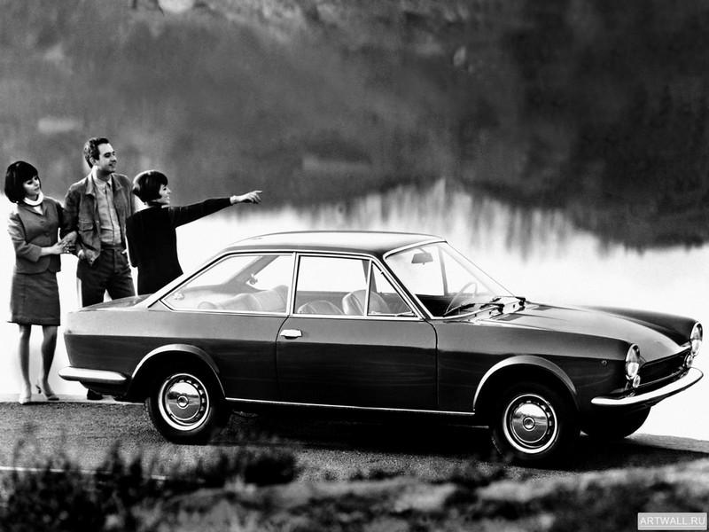 Постер Fiat 124 Sport Coupe 1967-69, 27x20 см, на бумагеFiat<br>Постер на холсте или бумаге. Любого нужного вам размера. В раме или без. Подвес в комплекте. Трехслойная надежная упаковка. Доставим в любую точку России. Вам осталось только повесить картину на стену!<br>