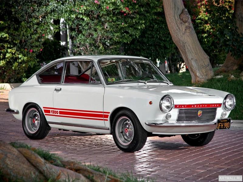 Постер Fiat Abarth OT 1300 Coupe 1966-68, 27x20 см, на бумагеFiat<br>Постер на холсте или бумаге. Любого нужного вам размера. В раме или без. Подвес в комплекте. Трехслойная надежная упаковка. Доставим в любую точку России. Вам осталось только повесить картину на стену!<br>