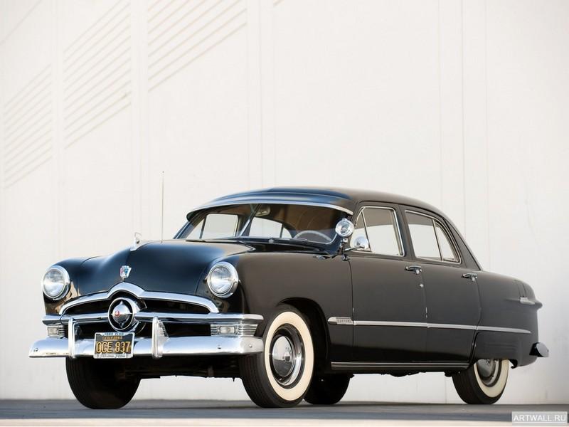 Постер Ford Custom Deluxe Fordor Sedan (73B) 1950, 27x20 см, на бумагеFord<br>Постер на холсте или бумаге. Любого нужного вам размера. В раме или без. Подвес в комплекте. Трехслойная надежная упаковка. Доставим в любую точку России. Вам осталось только повесить картину на стену!<br>