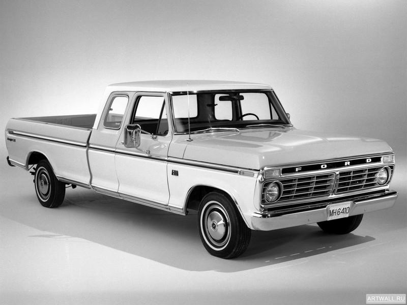 Постер Ford F-100 Ranger XLT Super Cab 1974, 27x20 см, на бумагеFord<br>Постер на холсте или бумаге. Любого нужного вам размера. В раме или без. Подвес в комплекте. Трехслойная надежная упаковка. Доставим в любую точку России. Вам осталось только повесить картину на стену!<br>