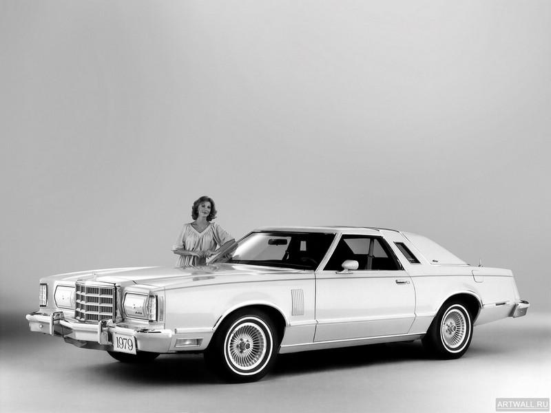 Постер Ford Thunderbird Heritage 1979, 27x20 см, на бумагеFord<br>Постер на холсте или бумаге. Любого нужного вам размера. В раме или без. Подвес в комплекте. Трехслойная надежная упаковка. Доставим в любую точку России. Вам осталось только повесить картину на стену!<br>