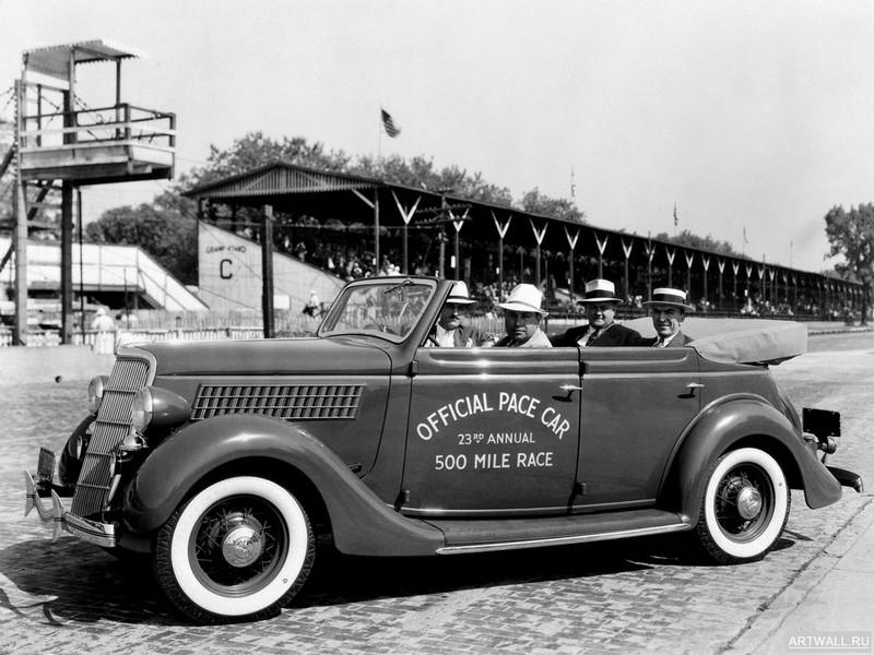 Постер Ford V8 Convertible Sedan Indy 500 Pace Car (48-740) 1935, 27x20 см, на бумагеFord<br>Постер на холсте или бумаге. Любого нужного вам размера. В раме или без. Подвес в комплекте. Трехслойная надежная упаковка. Доставим в любую точку России. Вам осталось только повесить картину на стену!<br>