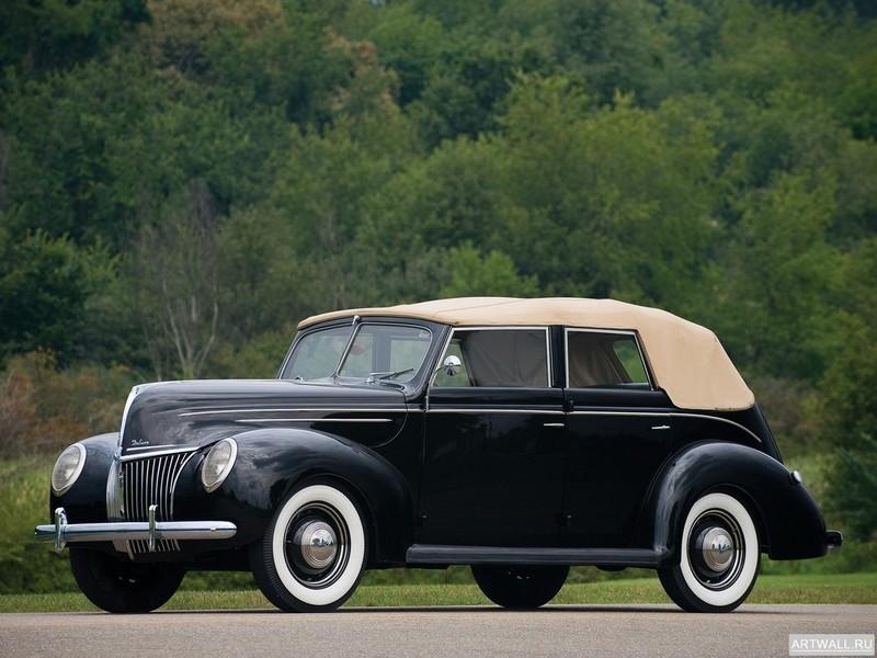 Постер Ford V8 Deluxe Convertible Fordor Sedan (91A-74) 1939, 27x20 см, на бумагеFord<br>Постер на холсте или бумаге. Любого нужного вам размера. В раме или без. Подвес в комплекте. Трехслойная надежная упаковка. Доставим в любую точку России. Вам осталось только повесить картину на стену!<br>