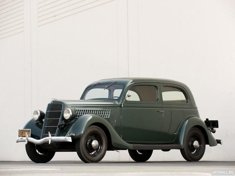 Постер Ford V8 Standard Tudor Sedan (48-700) 1935, 27x20 см, на бумагеFord<br>Постер на холсте или бумаге. Любого нужного вам размера. В раме или без. Подвес в комплекте. Трехслойная надежная упаковка. Доставим в любую точку России. Вам осталось только повесить картину на стену!<br>