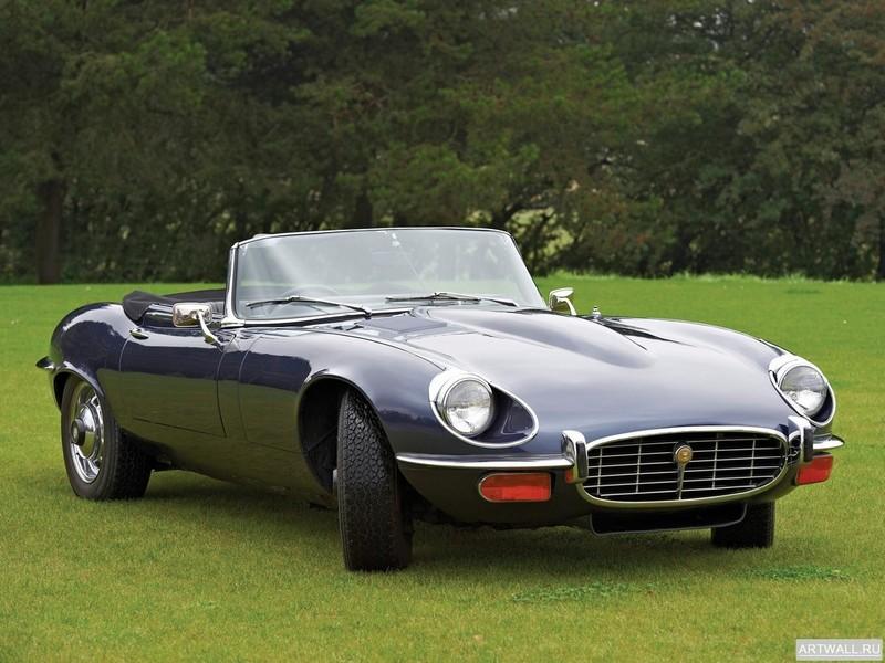 Постер Jaguar E-Type V12 Roadster (Series III) 1971-75, 27x20 см, на бумагеJaguar<br>Постер на холсте или бумаге. Любого нужного вам размера. В раме или без. Подвес в комплекте. Трехслойная надежная упаковка. Доставим в любую точку России. Вам осталось только повесить картину на стену!<br>