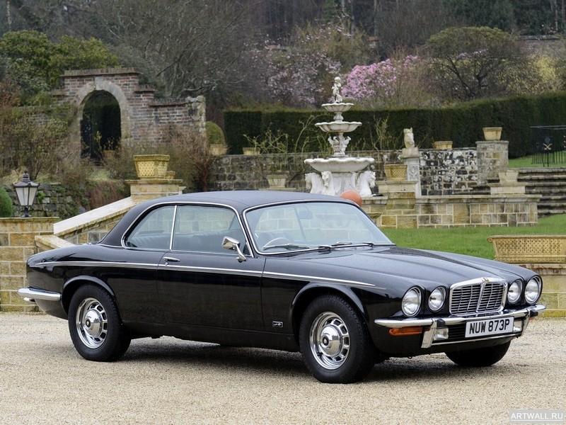 Постер Jaguar XJ6 (Series I) 1968-73, 27x20 см, на бумагеJaguar<br>Постер на холсте или бумаге. Любого нужного вам размера. В раме или без. Подвес в комплекте. Трехслойная надежная упаковка. Доставим в любую точку России. Вам осталось только повесить картину на стену!<br>