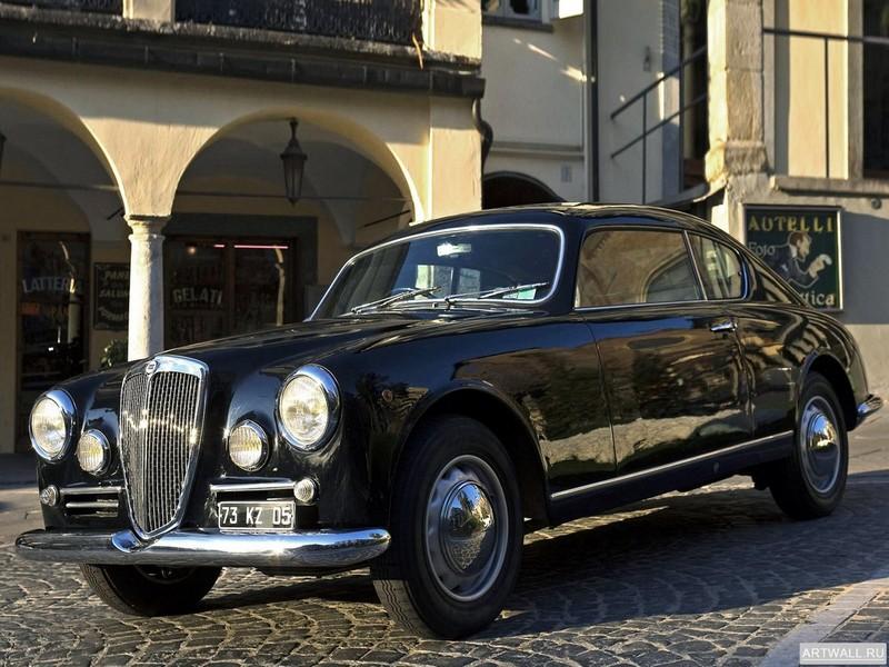 Постер Lancia Aurelia GT (B20) 1953-58, 27x20 см, на бумагеLancia<br>Постер на холсте или бумаге. Любого нужного вам размера. В раме или без. Подвес в комплекте. Трехслойная надежная упаковка. Доставим в любую точку России. Вам осталось только повесить картину на стену!<br>