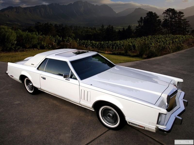 Lincoln Continental Mark V 1977-79, 27x20 см, на бумагеLincoln<br>Постер на холсте или бумаге. Любого нужного вам размера. В раме или без. Подвес в комплекте. Трехслойная надежная упаковка. Доставим в любую точку России. Вам осталось только повесить картину на стену!<br>