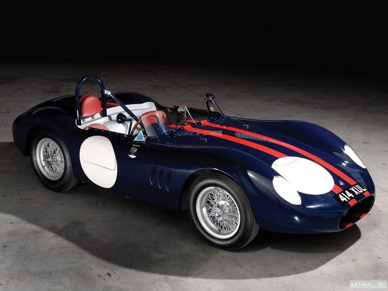 Постер Maserati 300S 1956-58, 27x20 см, на бумагеMaserati<br>Постер на холсте или бумаге. Любого нужного вам размера. В раме или без. Подвес в комплекте. Трехслойная надежная упаковка. Доставим в любую точку России. Вам осталось только повесить картину на стену!<br>