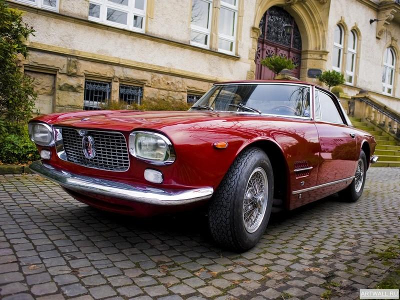 Постер Maserati 8C 2800 1931, 27x20 см, на бумагеMaserati<br>Постер на холсте или бумаге. Любого нужного вам размера. В раме или без. Подвес в комплекте. Трехслойная надежная упаковка. Доставим в любую точку России. Вам осталось только повесить картину на стену!<br>