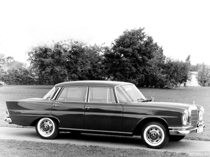 Постер Mercedes-Benz 220 Sb (W111) 1959-65, 27x20 см, на бумагеMercedes-Benz<br>Постер на холсте или бумаге. Любого нужного вам размера. В раме или без. Подвес в комплекте. Трехслойная надежная упаковка. Доставим в любую точку России. Вам осталось только повесить картину на стену!<br>