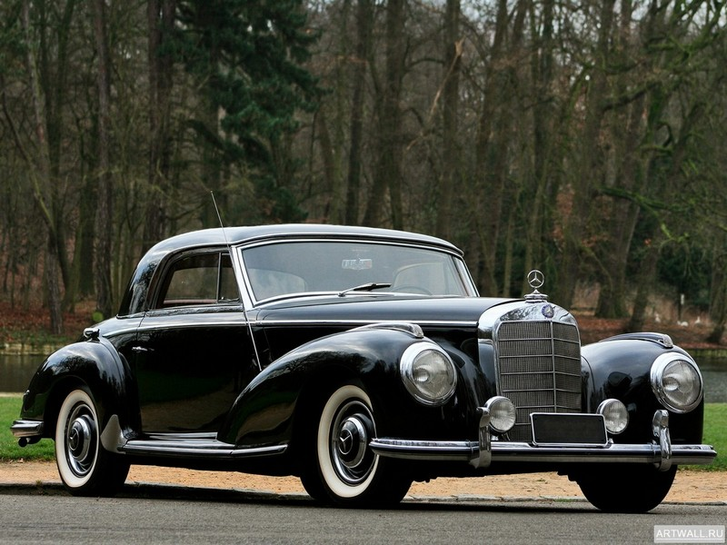 Постер Mercedes-Benz 300S (W188) 1952-55, 27x20 см, на бумагеMercedes-Benz<br>Постер на холсте или бумаге. Любого нужного вам размера. В раме или без. Подвес в комплекте. Трехслойная надежная упаковка. Доставим в любую точку России. Вам осталось только повесить картину на стену!<br>