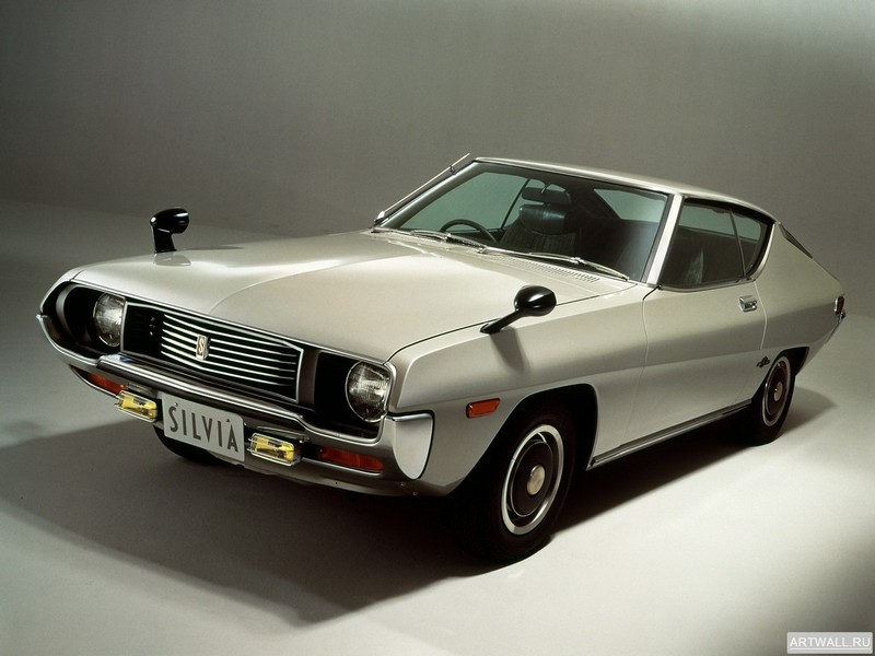 Постер Nissan Silvia (S10) 1975-79, 27x20 см, на бумагеNissan<br>Постер на холсте или бумаге. Любого нужного вам размера. В раме или без. Подвес в комплекте. Трехслойная надежная упаковка. Доставим в любую точку России. Вам осталось только повесить картину на стену!<br>