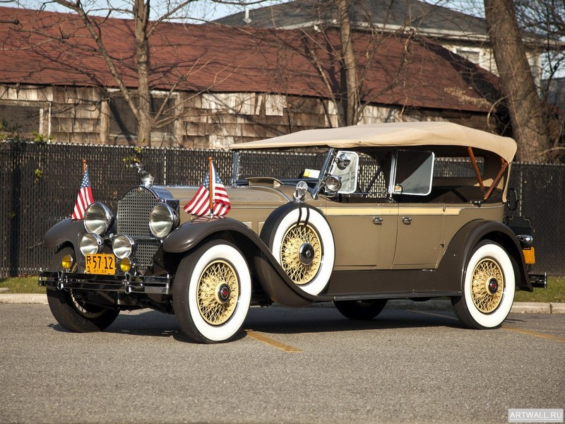 Постер Packard 640 Super Eight Touring 1929, 27x20 см, на бумагеPackard<br>Постер на холсте или бумаге. Любого нужного вам размера. В раме или без. Подвес в комплекте. Трехслойная надежная упаковка. Доставим в любую точку России. Вам осталось только повесить картину на стену!<br>