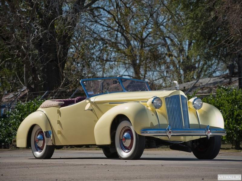Постер Packard Eight Convertible Victoria by Darrin 1939, 27x20 см, на бумагеPackard<br>Постер на холсте или бумаге. Любого нужного вам размера. В раме или без. Подвес в комплекте. Трехслойная надежная упаковка. Доставим в любую точку России. Вам осталось только повесить картину на стену!<br>