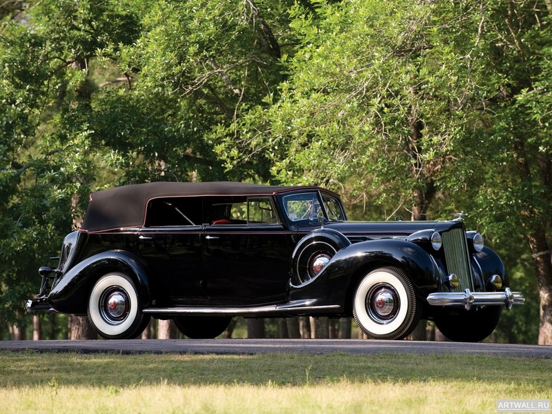 Packard Twelve Convertible Sedan 1938, 27x20 см, на бумагеPackard<br>Постер на холсте или бумаге. Любого нужного вам размера. В раме или без. Подвес в комплекте. Трехслойная надежная упаковка. Доставим в любую точку России. Вам осталось только повесить картину на стену!<br>