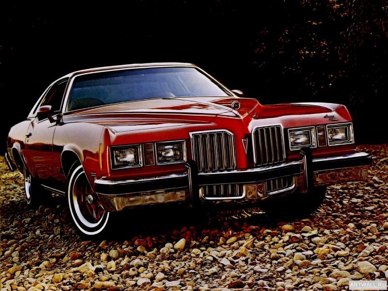 Постер Pontiac Grand Prix SJ 1977, 27x20 см, на бумагеPontiac<br>Постер на холсте или бумаге. Любого нужного вам размера. В раме или без. Подвес в комплекте. Трехслойная надежная упаковка. Доставим в любую точку России. Вам осталось только повесить картину на стену!<br>
