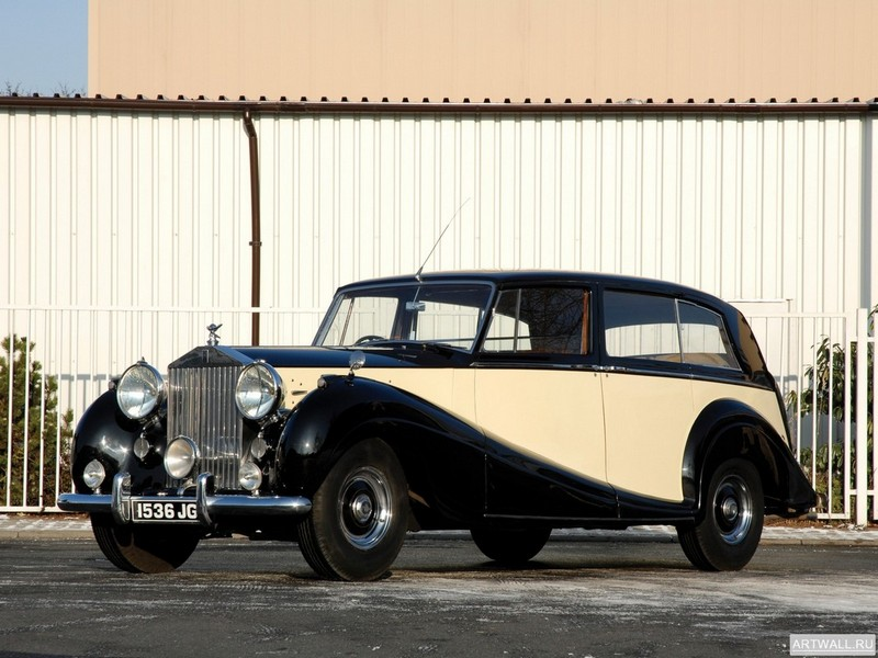 Постер Rolls-Royce Silver Wraith Touring Limousine 1946-59, 27x20 см, на бумагеRolls-Royce<br>Постер на холсте или бумаге. Любого нужного вам размера. В раме или без. Подвес в комплекте. Трехслойная надежная упаковка. Доставим в любую точку России. Вам осталось только повесить картину на стену!<br>